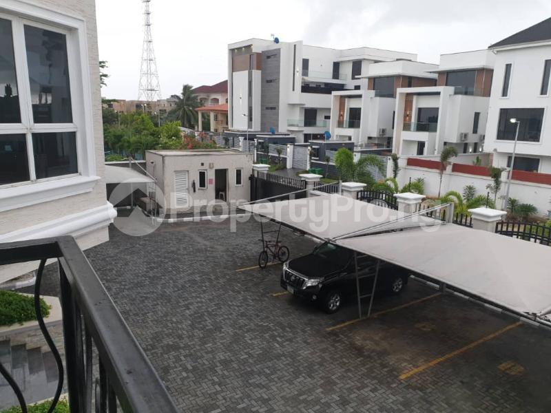 4 bedroom Flat / Apartment for rent Banana Island Ikoyi Lagos - 12