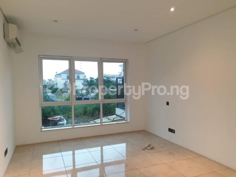 4 bedroom Flat / Apartment for rent Banana Island Ikoyi Lagos - 11