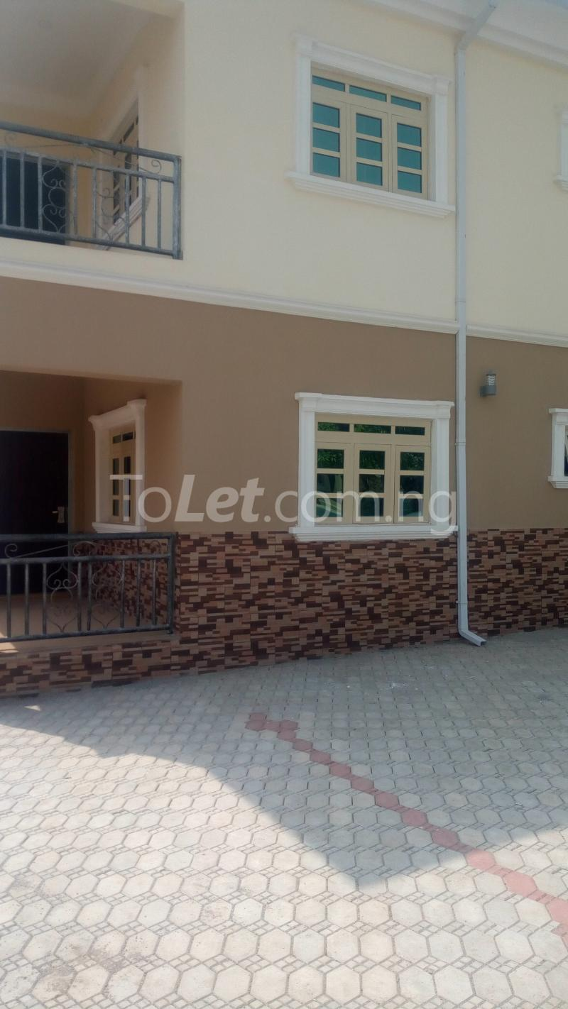 3 bedroom Flat / Apartment for rent Off Karu-Jikwoyi Nyanya Abuja - 2