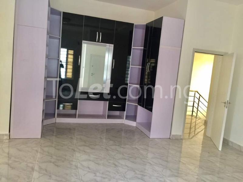 4 bedroom Semi Detached Duplex House for sale Mega Chicken  Ikota Lekki Lagos - 7