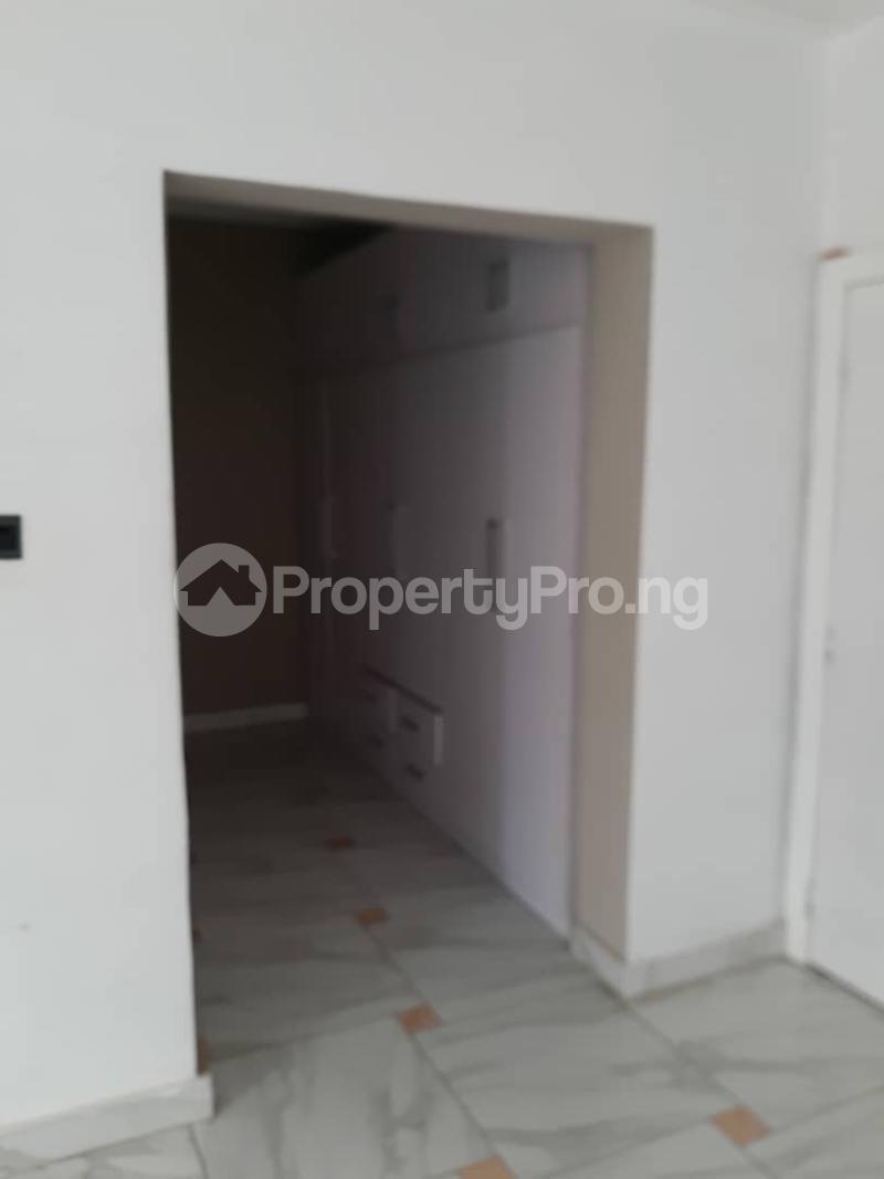 4 bedroom Semi Detached Duplex House for rent Chevron dirve chevron Lekki Lagos - 6