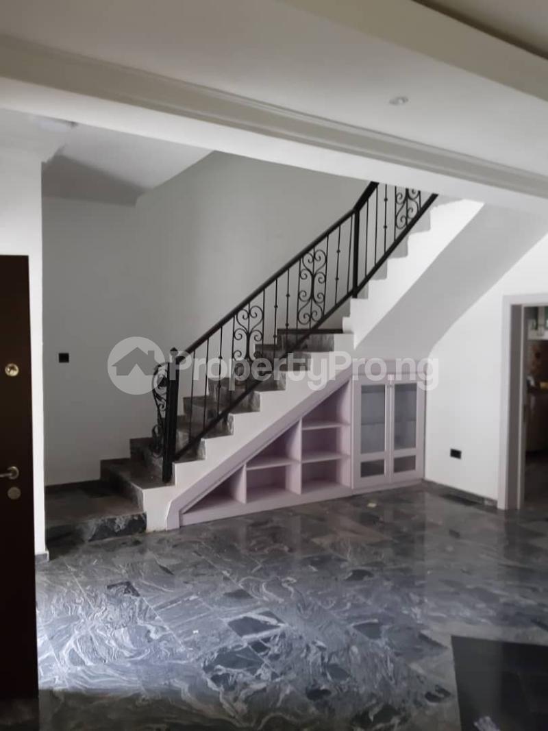 4 bedroom Semi Detached Duplex House for rent Chevron dirve chevron Lekki Lagos - 3