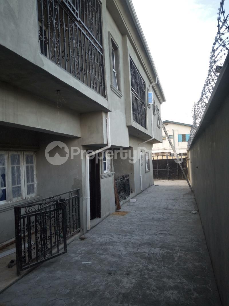 2 bedroom Flat / Apartment for rent Iyana Oworo Kosofe Kosofe/Ikosi Lagos - 6