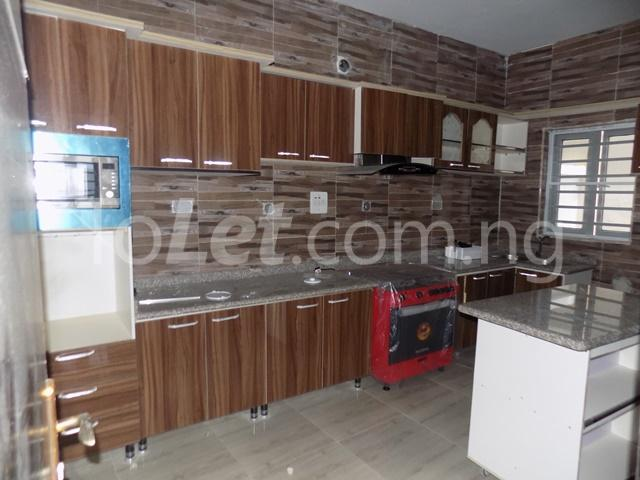 4 bedroom House for sale Orchild hotel road  chevron Lekki Lagos - 3