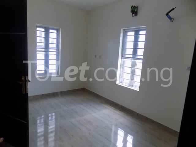 4 bedroom House for sale Orchild hotel road  chevron Lekki Lagos - 8
