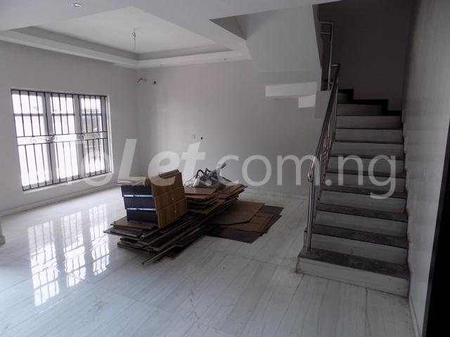 4 bedroom House for rent before nicon town estate Jakande Lekki Lagos - 1