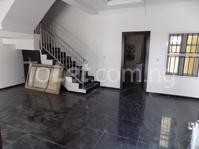 4 bedroom House for rent before nicon town estate Jakande Lekki Lagos - 2