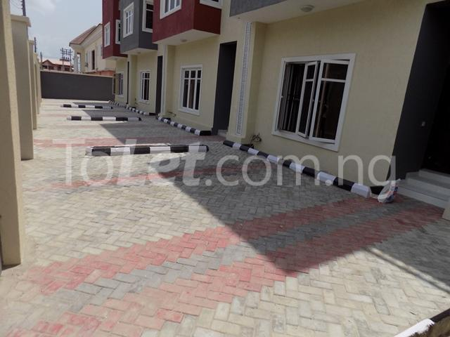 4 bedroom House for rent before nicon town estate Jakande Lekki Lagos - 15