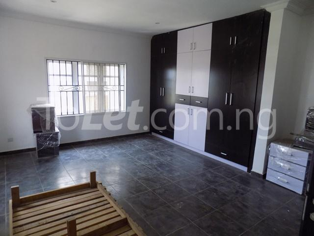 4 bedroom House for rent before nicon town estate Jakande Lekki Lagos - 10