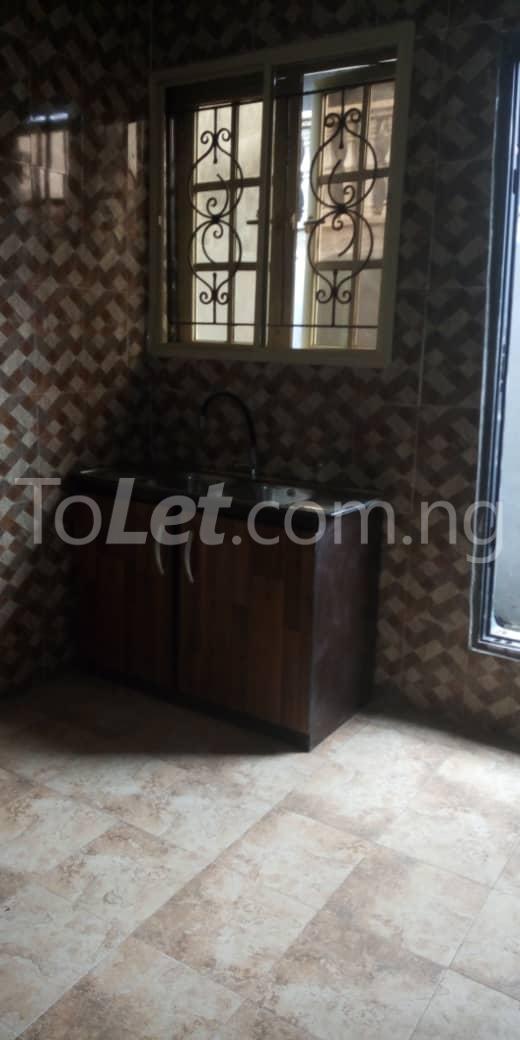 2 bedroom Flat / Apartment for rent off  Chevron road Soluyi Gbagada Lagos - 3