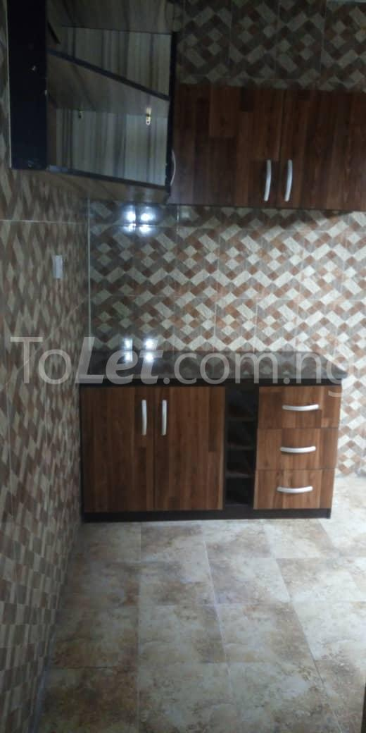 2 bedroom Flat / Apartment for rent off  Chevron road Soluyi Gbagada Lagos - 4