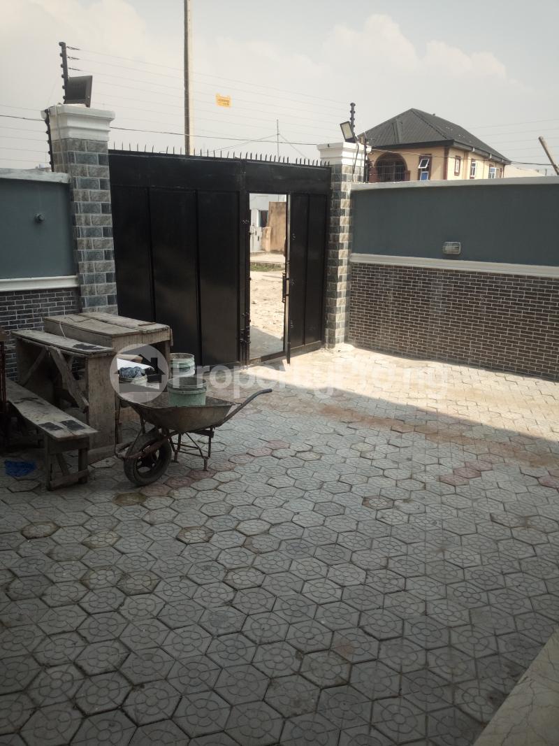 3 bedroom Flat / Apartment for rent Off miyaki street,oworo Kosofe Kosofe/Ikosi Lagos - 4