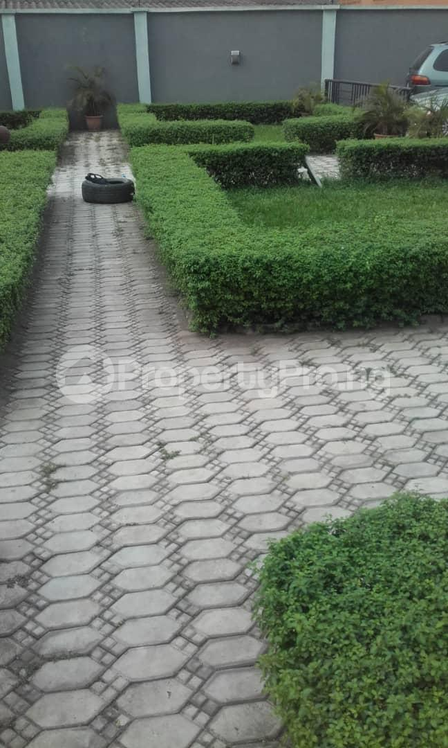 3 bedroom Blocks of Flats House for rent mende Mende Maryland Lagos - 5
