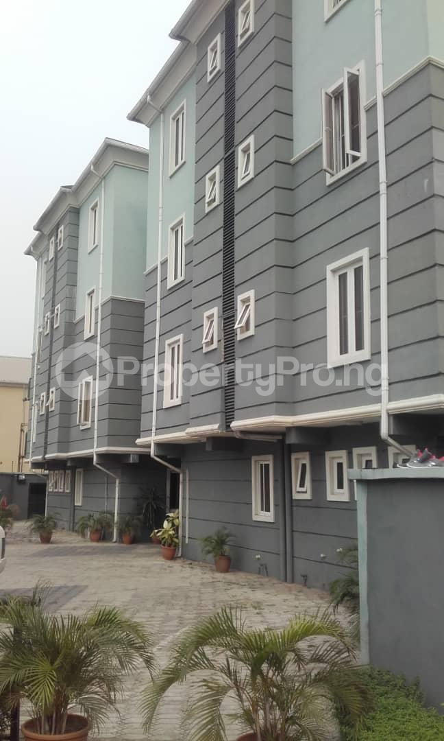 3 bedroom Blocks of Flats House for rent mende Mende Maryland Lagos - 9