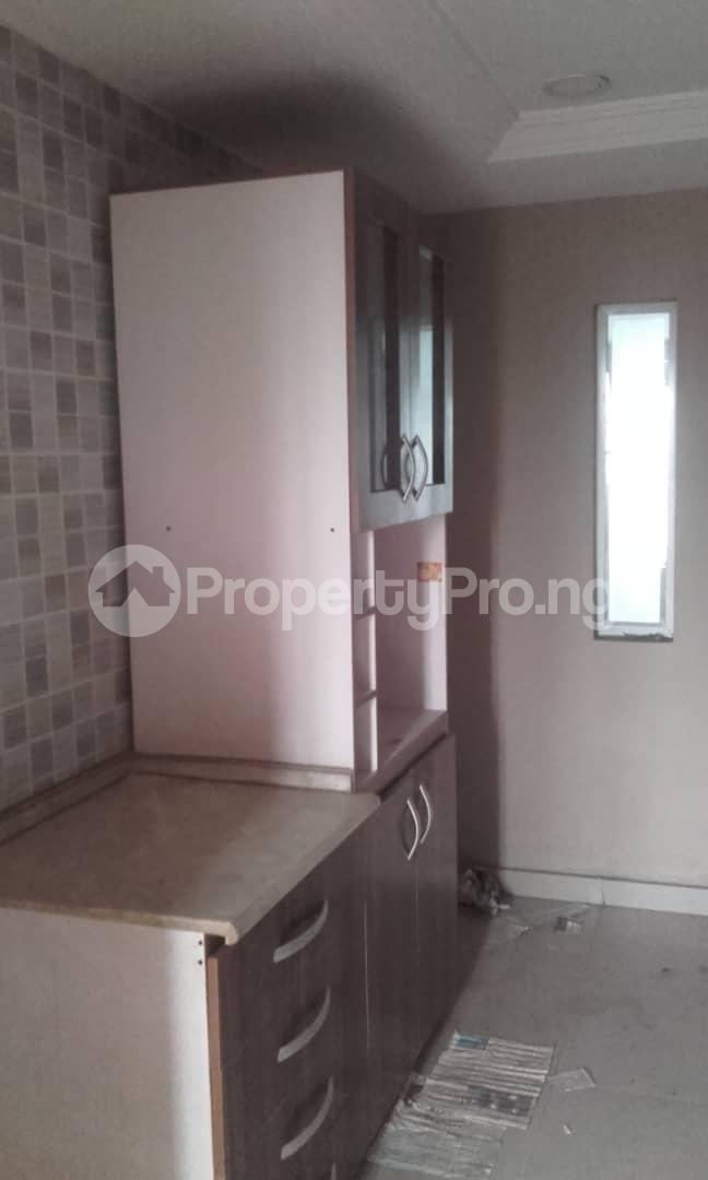 3 bedroom Blocks of Flats House for rent mende Mende Maryland Lagos - 32