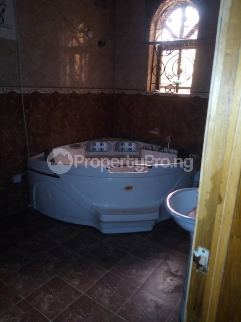 7 bedroom Massionette House for sale forestry Hill Jericho Ibadan Oyo - 2