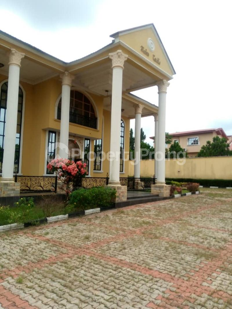 7 bedroom Massionette House for sale forestry Hill Jericho Ibadan Oyo - 1