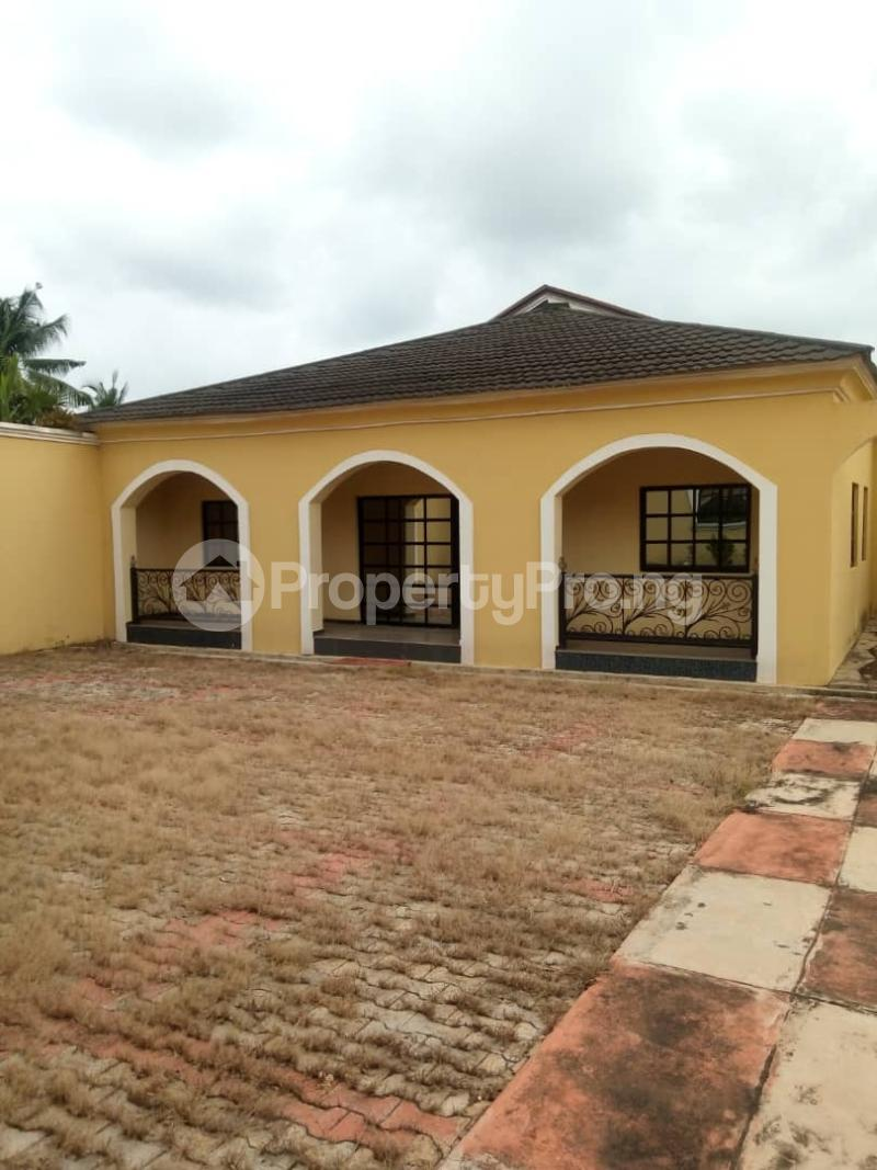 7 bedroom Massionette House for sale forestry Hill Jericho Ibadan Oyo - 6