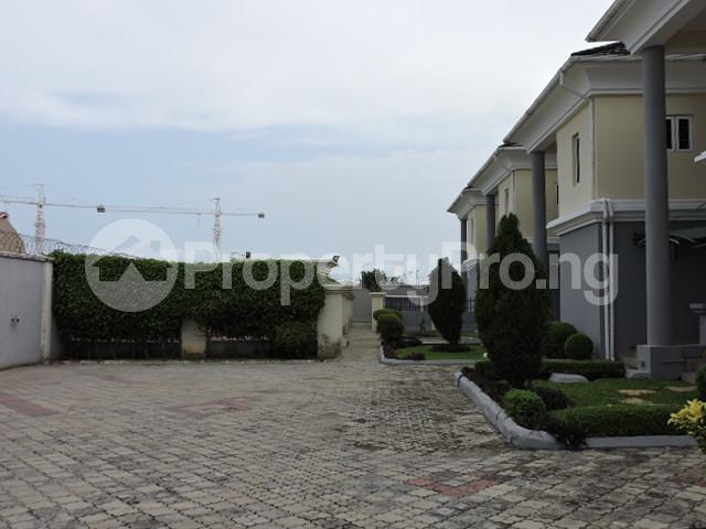 3 bedroom Terraced Duplex House for sale Victoria Island ONIRU Victoria Island Lagos - 16