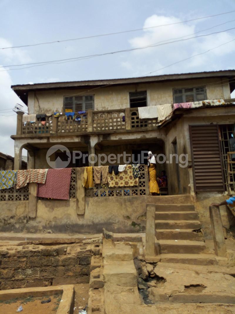 10 bedroom House for sale Agbadalugba along adeoyo hospital Adeoyo Ibadan Oyo - 0
