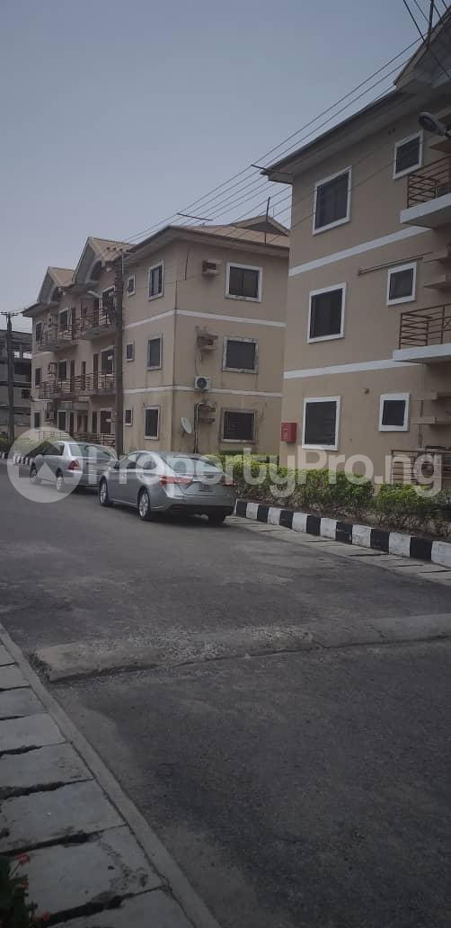 3 bedroom Flat / Apartment for rent Femi Okunnu phase 3 by Jakande/Shoprite, Lekki Jakande Lekki Lagos - 2