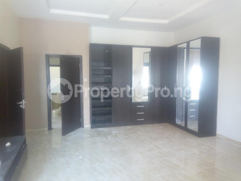 4 bedroom Semi Detached Duplex House for rent Idado Lekki Lagos - 10