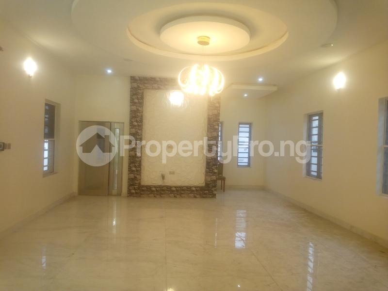 5 bedroom Detached Duplex House for sale chevron Lekki Lagos - 11