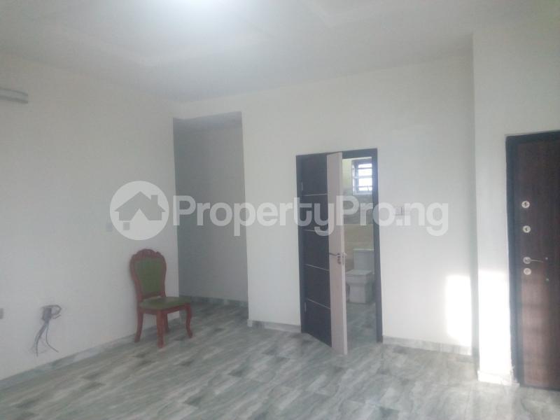 5 bedroom Detached Duplex House for sale chevron Lekki Lagos - 3