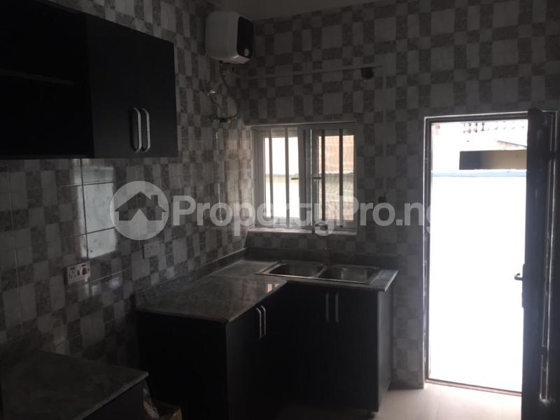 3 bedroom Shared Apartment Flat / Apartment for rent .... Osapa london Lekki Lagos - 4