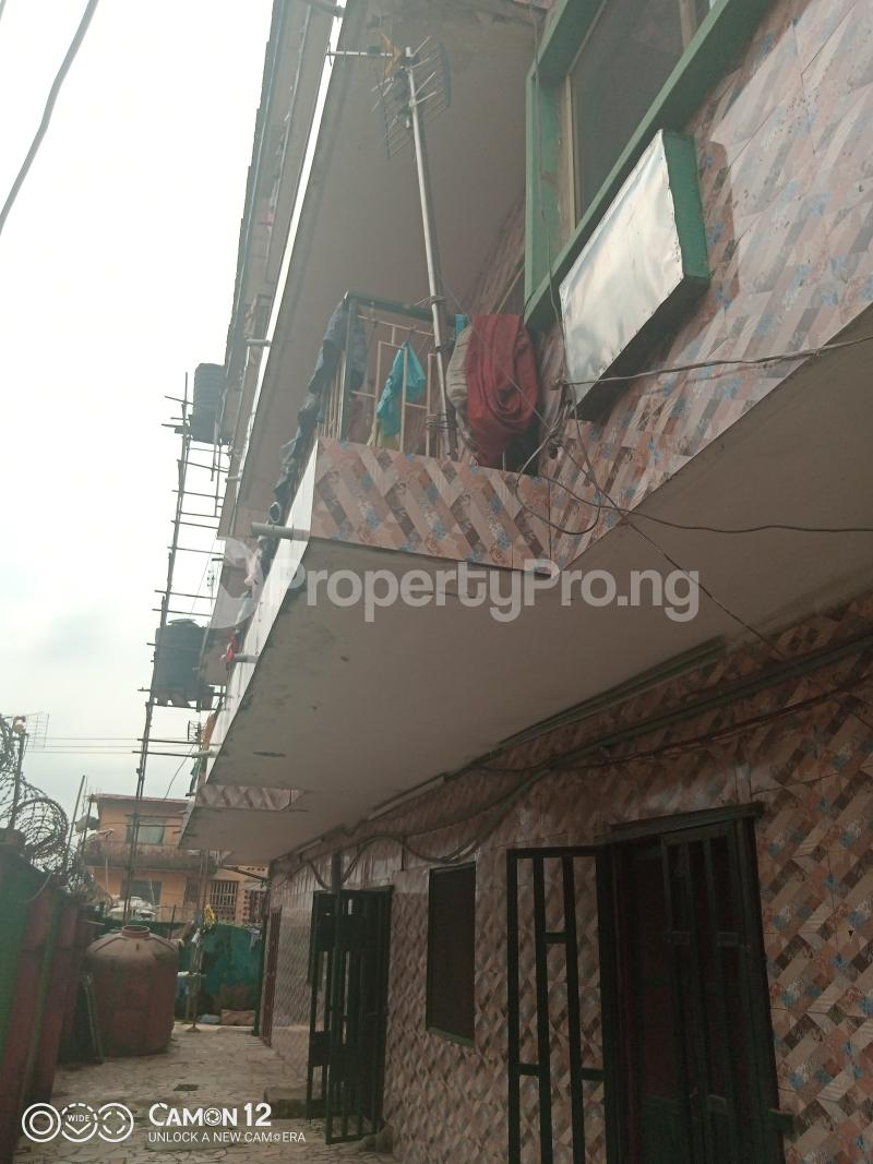 10 bedroom Blocks of Flats House for sale ADELABU STREET, OFF OLATEJU STREET Mushin Lagos - 4