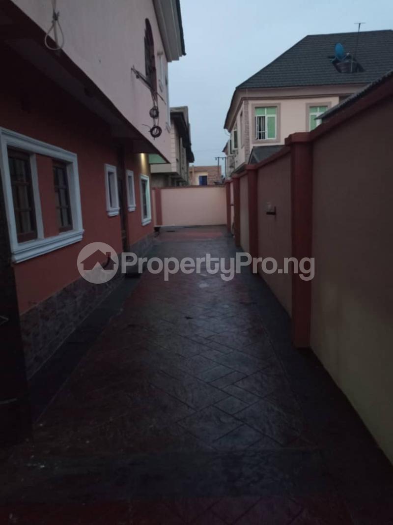 3 bedroom Flat / Apartment for rent Magodo ishere  Magodo Kosofe/Ikosi Lagos - 12