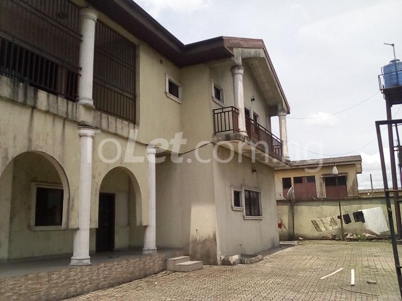 5 bedroom House for rent Elekeahia Housing Estate Obia-Akpor Port Harcourt Rivers - 0