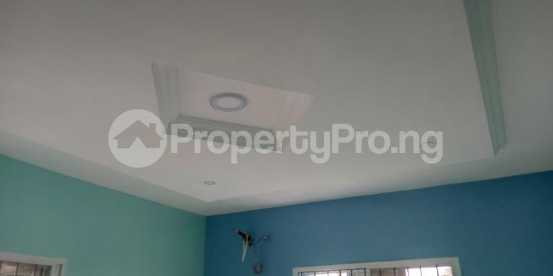 3 bedroom Blocks of Flats House for rent Wegbo st Onike Yaba Lagos - 3