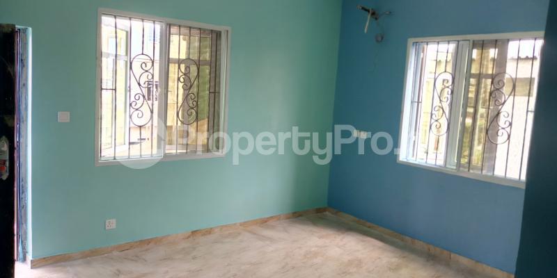 3 bedroom Blocks of Flats House for rent Wegbo st Onike Yaba Lagos - 6