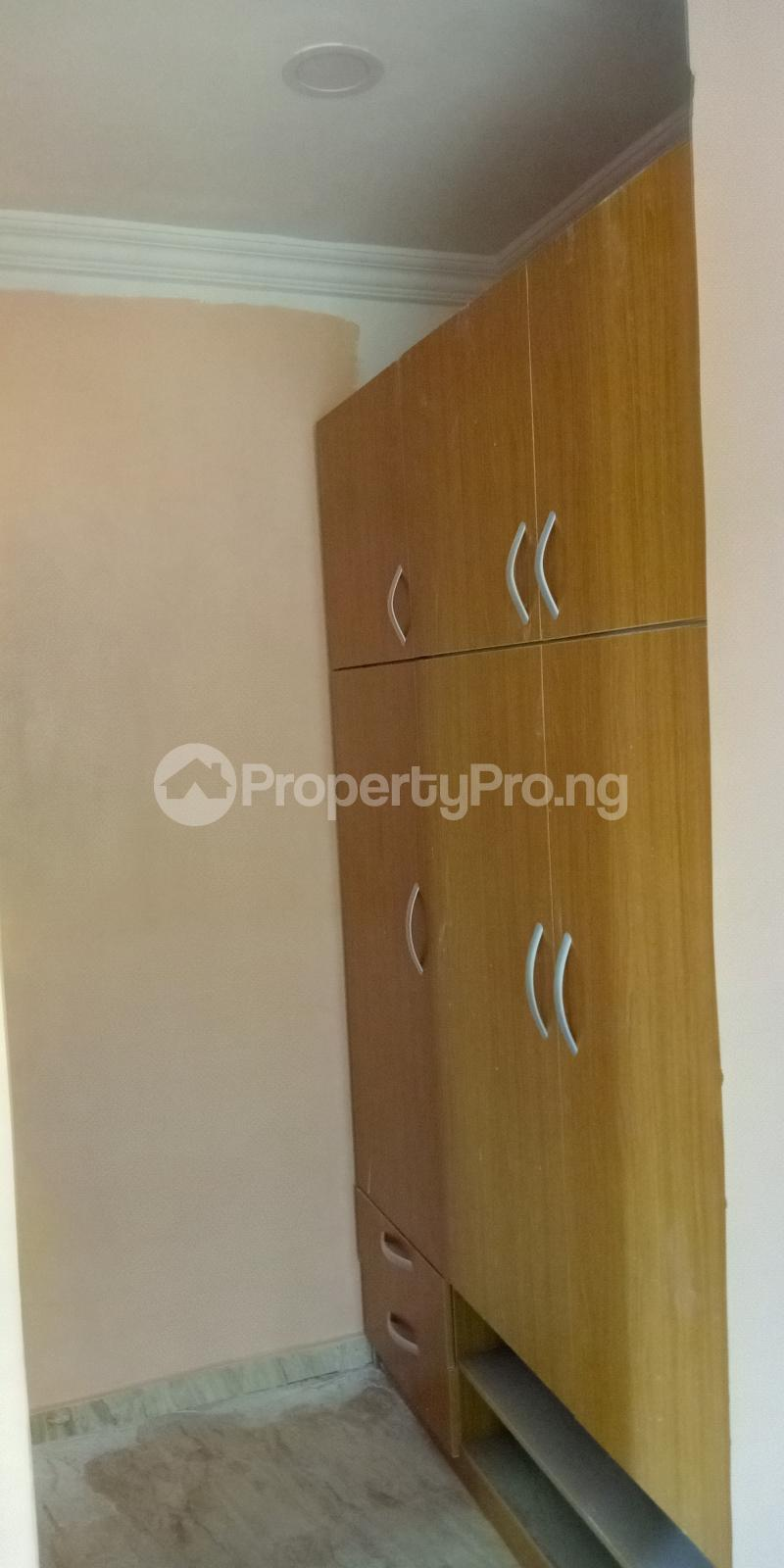 3 bedroom Blocks of Flats House for rent Wegbo st Onike Yaba Lagos - 2