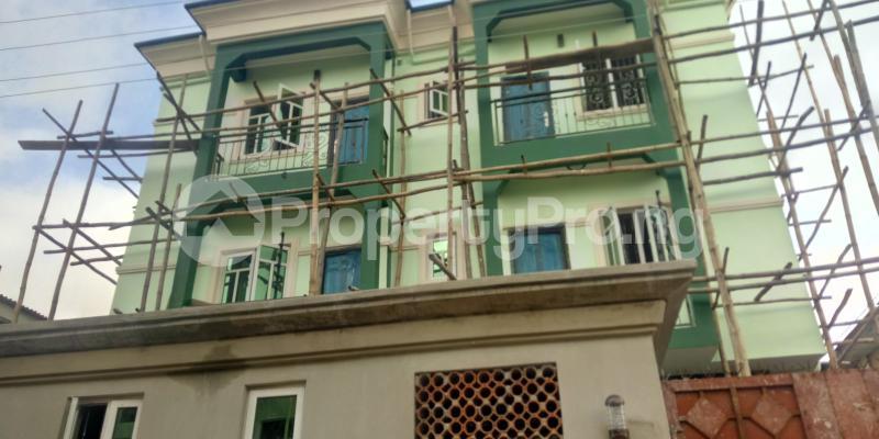 3 bedroom Blocks of Flats House for rent Wegbo st Onike Yaba Lagos - 0