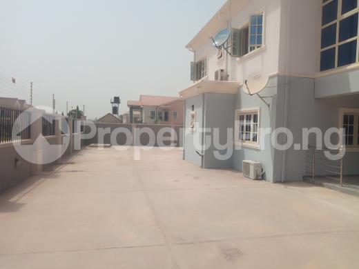 3 bedroom Flat / Apartment for rent - Durumi Abuja - 13