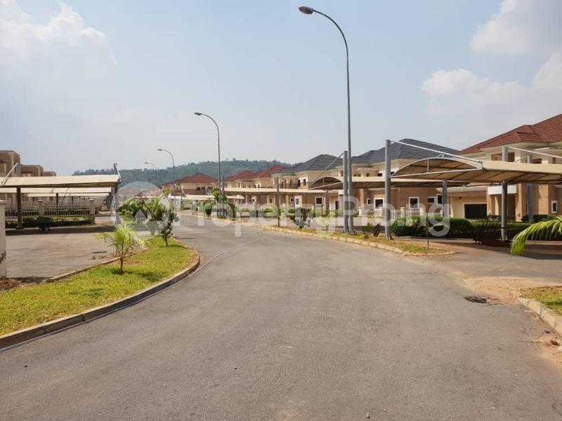 5 bedroom Detached Duplex House for sale Along Ahmadu Bello way  Kado Abuja - 6