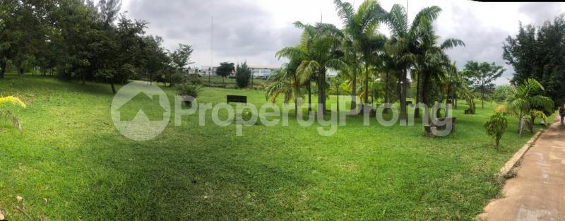 5 bedroom Detached Duplex House for sale Along Ahmadu Bello way  Kado Abuja - 16