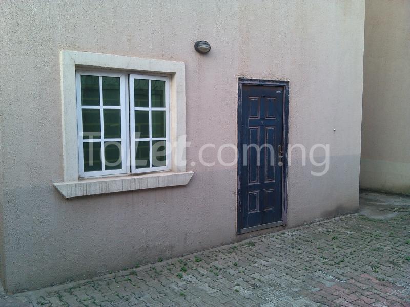 House for sale off alimosho road Iyana Ipaja Ipaja Lagos - 8