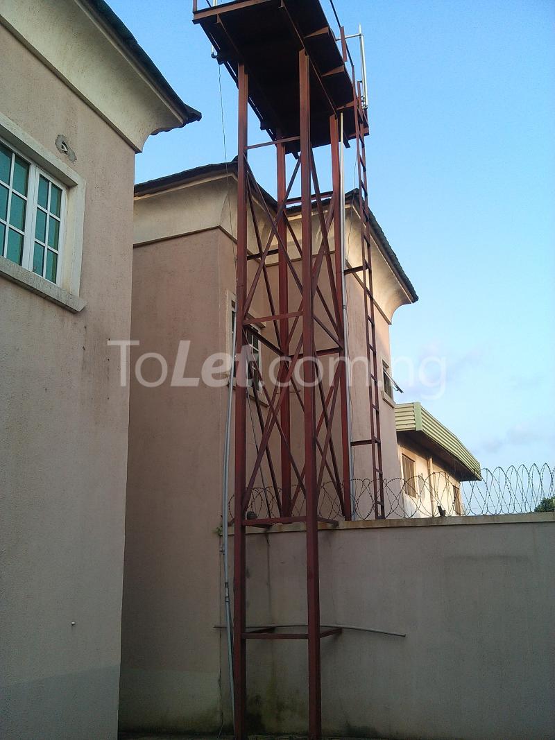 House for sale off alimosho road Iyana Ipaja Ipaja Lagos - 9