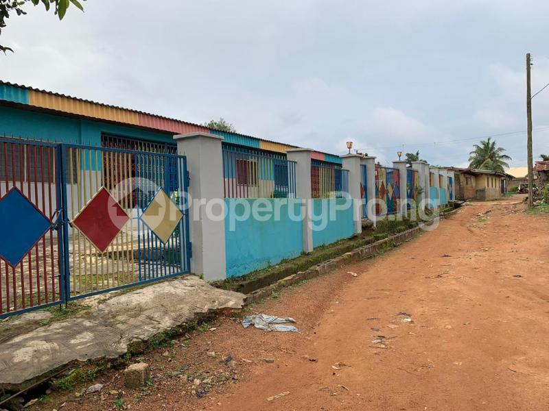 10 bedroom Detached Bungalow House for sale  No 1 kolawole close, off winners way ashi area very close to Basorun market bodija ibadan. Bodija Ibadan Oyo - 1