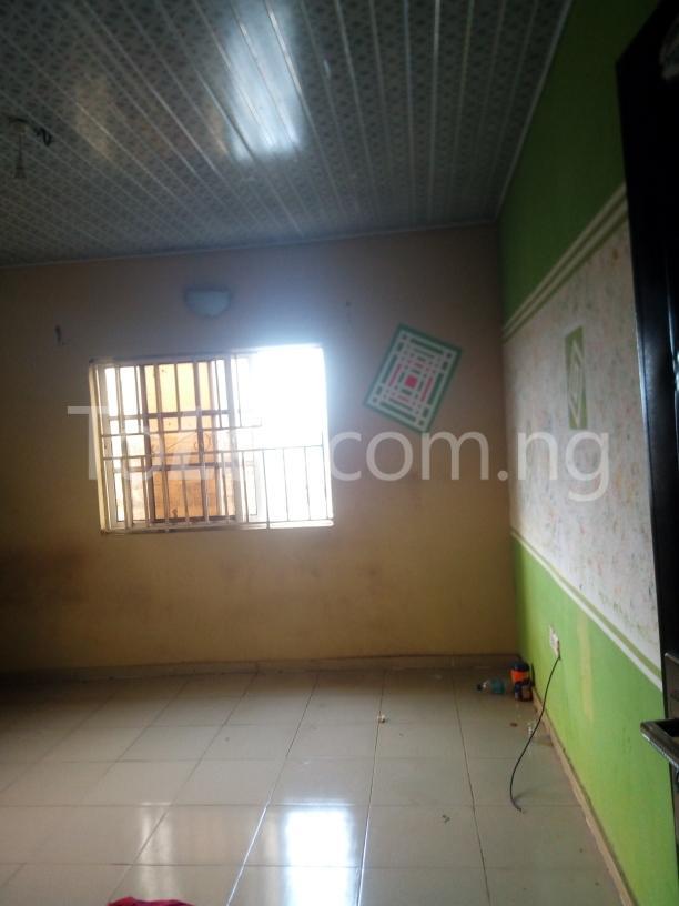 3 bedroom House for rent mercyrock estate ojurin akobo Akobo Ibadan Oyo - 1