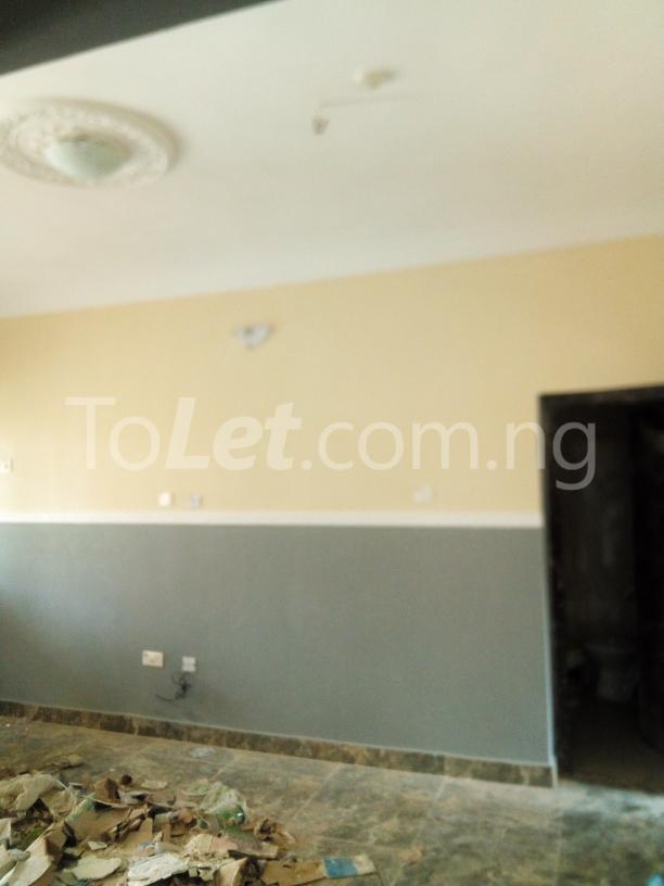 3 bedroom House for rent mercyrock estate ojurin akobo Akobo Ibadan Oyo - 2