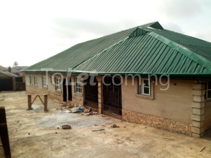 3 bedroom House for rent mercyrock estate ojurin akobo Akobo Ibadan Oyo - 3