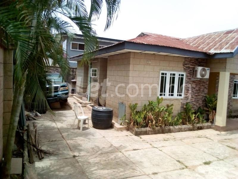 8 bedroom Flat / Apartment for sale Elephant gate, Oluyole estate Ibadan Oluyole Estate Ibadan Oyo - 3