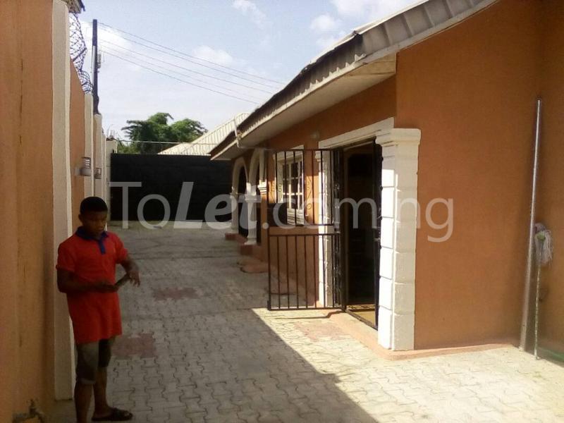 3 bedroom Flat / Apartment for sale Back of Nihort Jericho Ibadan Jericho Ibadan Oyo - 0