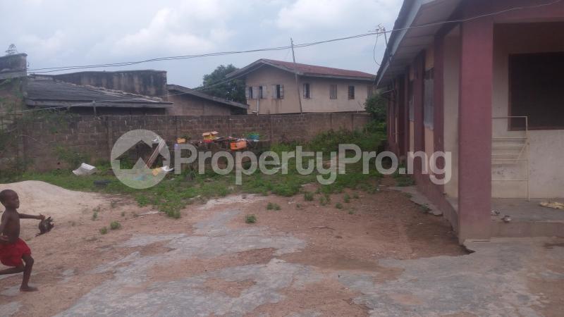 3 bedroom Terraced Bungalow House for sale Abbey tech off akala akala express Akala Express Ibadan Oyo - 0