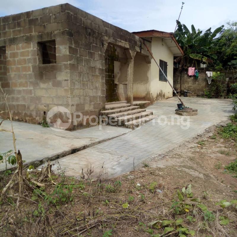 3 bedroom Semi Detached Bungalow House for sale Odo ona elewe Odo ona Ibadan Oyo - 2