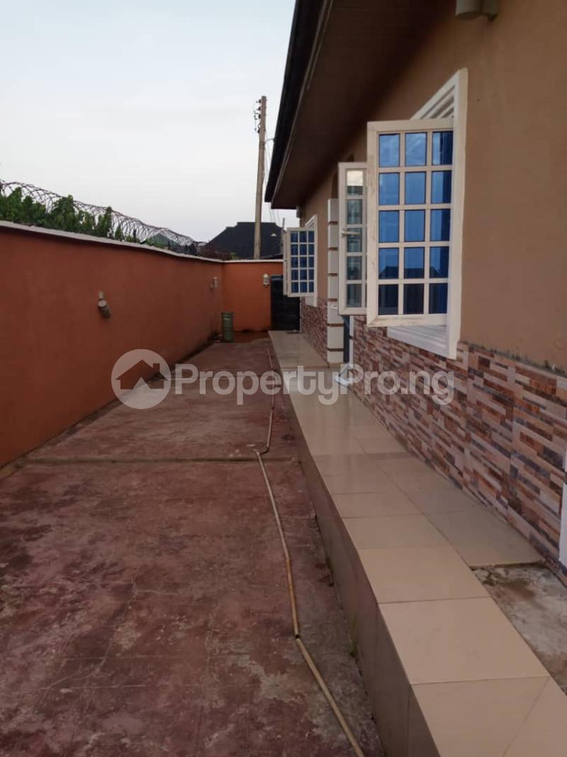 5 bedroom Detached Bungalow House for sale Aroun Tombia Round About Yenegoa Bayelsa - 6